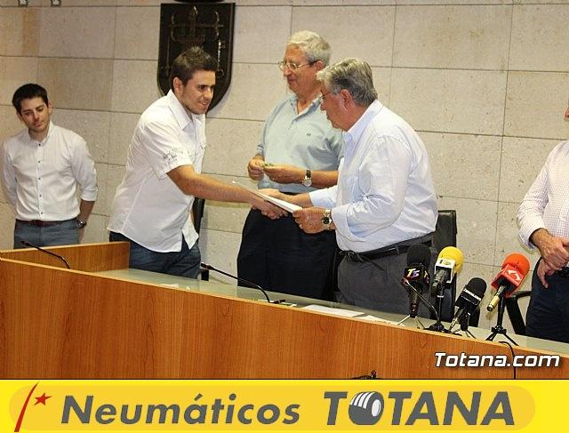 Nueva Junta Local de la Asociación Española contra el Cáncer (AECC) - 41