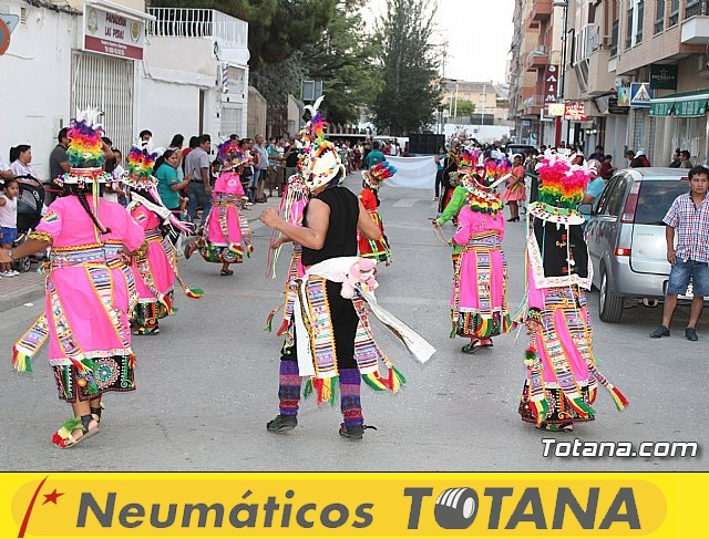 Desfile de baile. Fiestas en honor a la Virgen de la Urkupiña (Bolivia) - 28