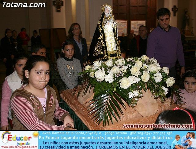 La Hermandad de Nuestra Se�ora de los Dolores estrena carroza infantil - 11