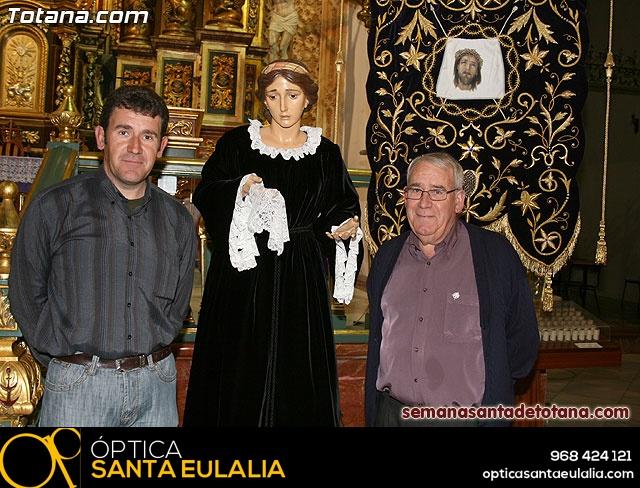 La Hermandad de La Ver�nica estrena traje de vestir luto - 42
